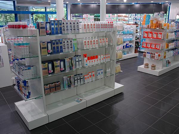 pharmacie étalage